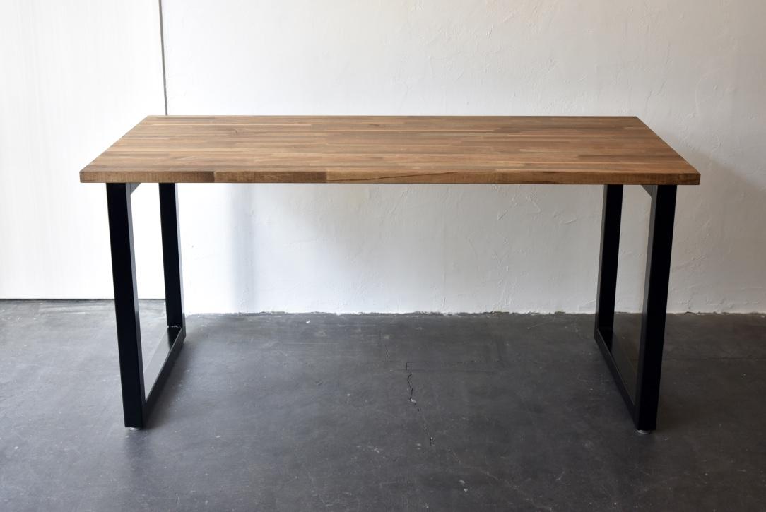 写真:PINE DINING TABLE – square frame type / パインダイニングテーブル – スクエアフレームタイプ