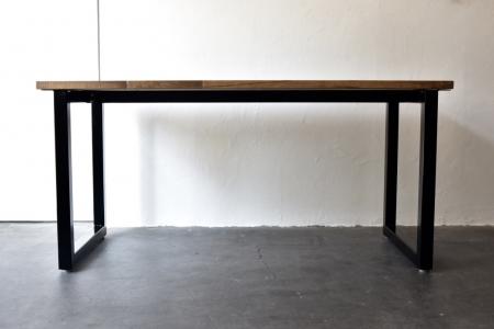 写真:PINE DINING TABLE – square frame type