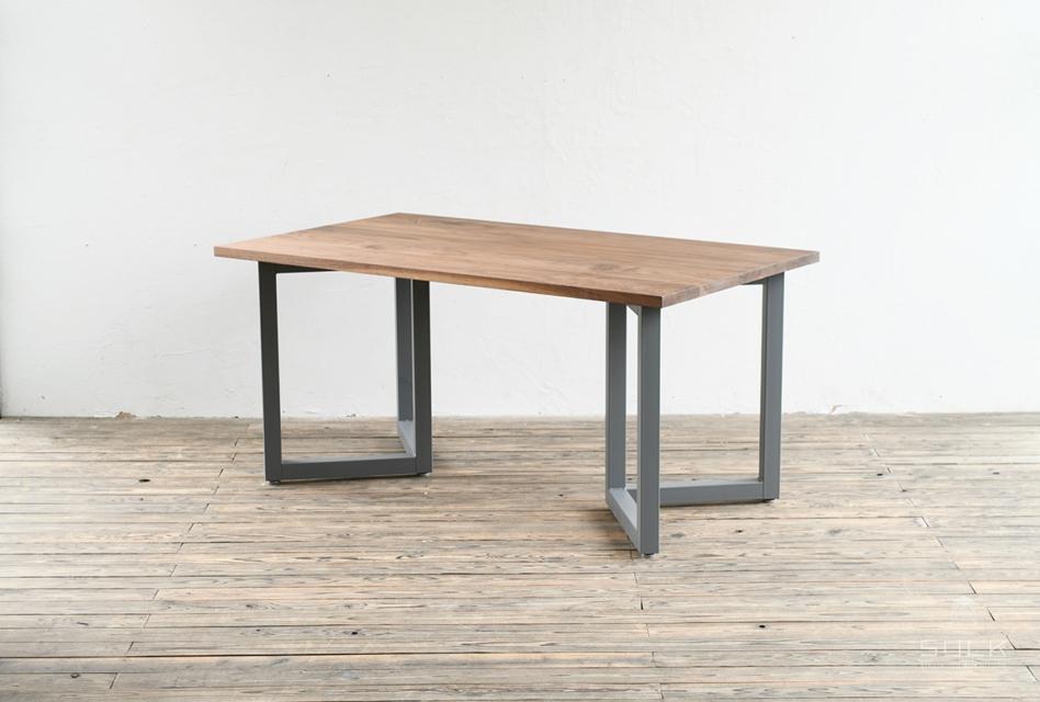 写真:DINING TABLE – Double rectangle frame / WALNUT