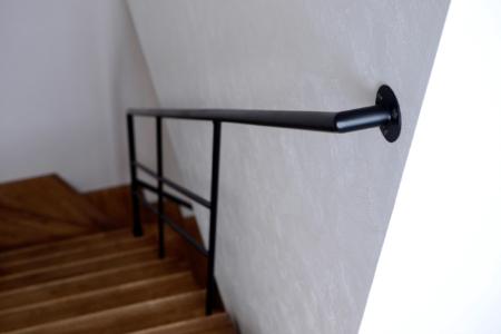 写真:大阪府泉佐野市 新築住宅向け階段手摺