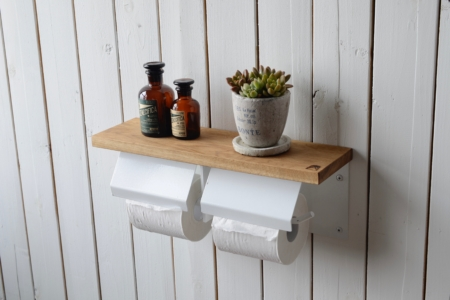 写真:OAK TOILET PAPER HOLDER with lid – double