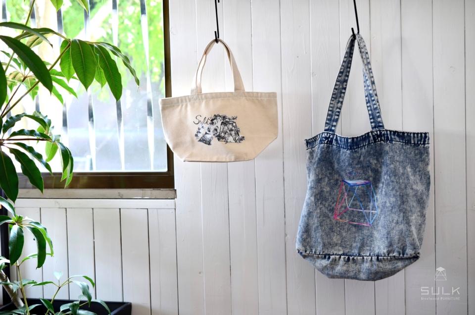 写真:SULK × silsil collaboration  Tote bag – Large