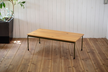 写真:Round bar table – OAK