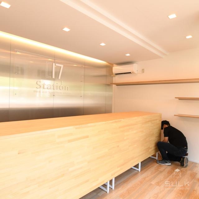 写真:大阪府八尾市 ブルースカイジャパン様向け店舗什器