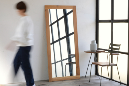 写真:WOOD FRAME MIRROR – OAK