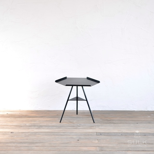 写真:Tripod table – Steeltop Low