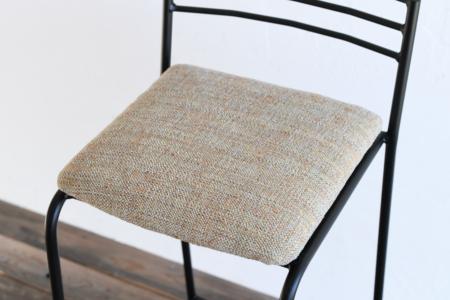 写真:BASIC HIGHCHAIR – Fabric seat