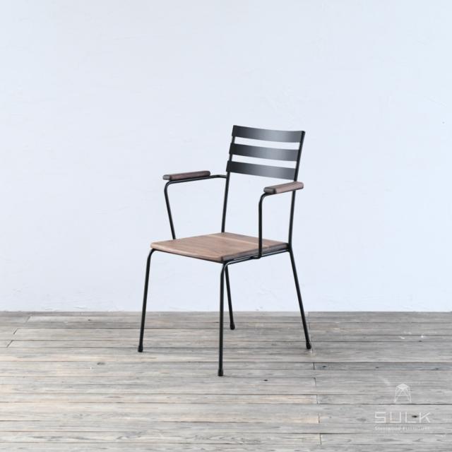 写真:BASIC ARMCHAIR – Wood Seat