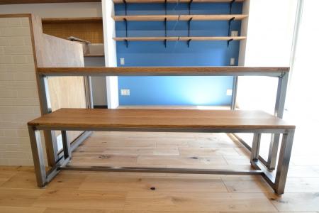 写真:大阪府 F様邸 オーク・ダイニングテーブル&ベンチシート