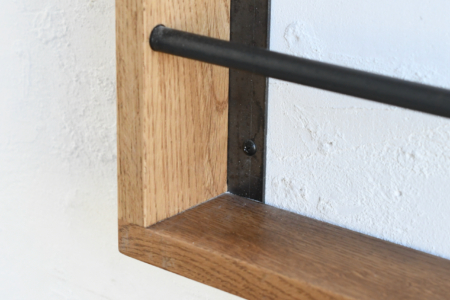 写真:WALL MAGAZINE RACK – WOOD FRAME