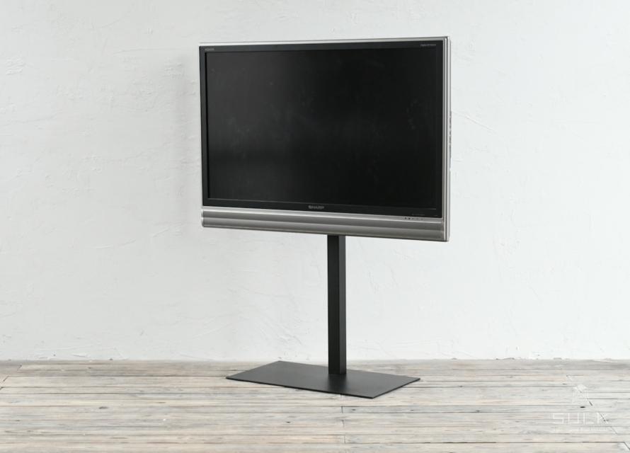 写真:TV stand – BASIC