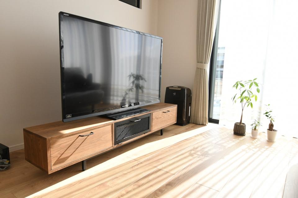 写真:滋賀県米原市 I様邸 TVボード・ラウンドテーブル他