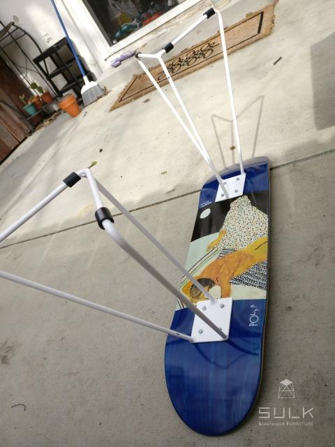 写真:America California Rowland Heights A様 スケートボードスツール脚
