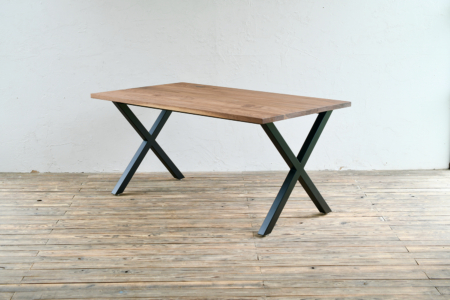 写真:DINING TABLE – X frame / WALNUT
