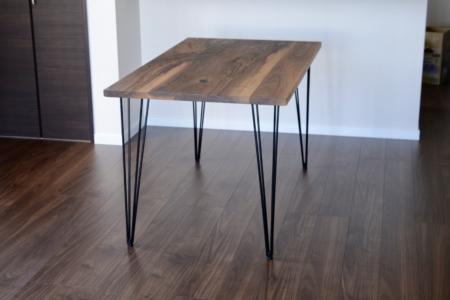 写真:大阪府大阪狭山市 K様邸 ウォールナットダイニングテーブル – Bony leg